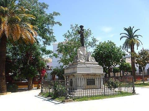 Pepe Marchena statue.